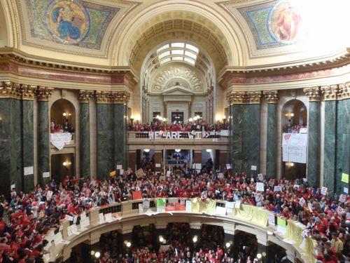 Capitol building wide shot of protestors