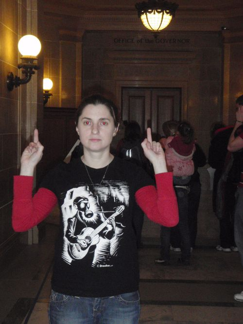 Jen flipping off the governor's office